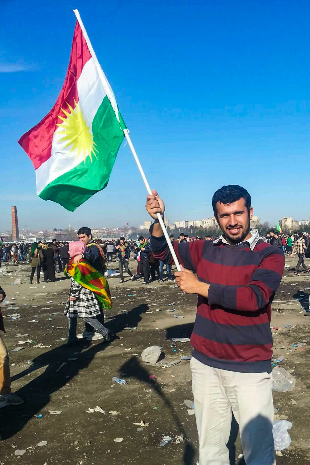 Lezgin waves the Kurdish Flag at Newruz